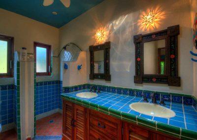 Bathroom third bedroom Casa Celeste
