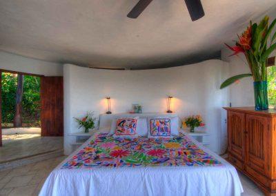 Lower bedroom Casa Iguana