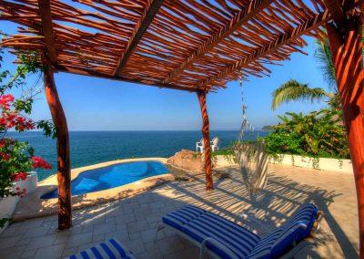 Casa Iguana, oceanfront villa rental