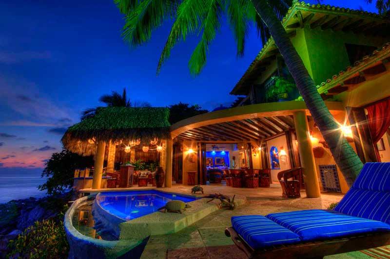 Casa Lazuli, beachfront villa rental