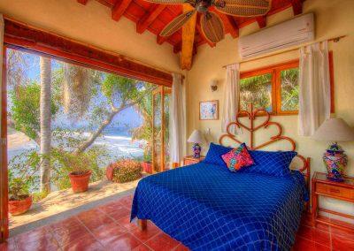 Master bedroom Casa Sonrisa