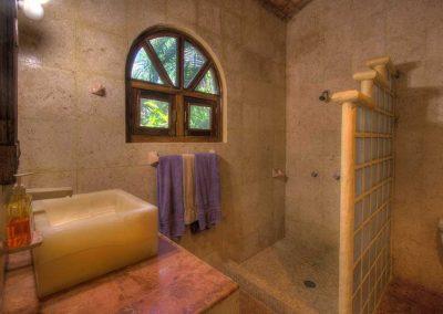 Downstairs bathroom 2nd bedroom