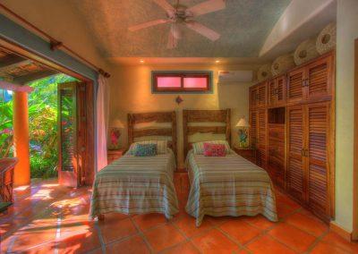 Third bedroom Casa Celeste